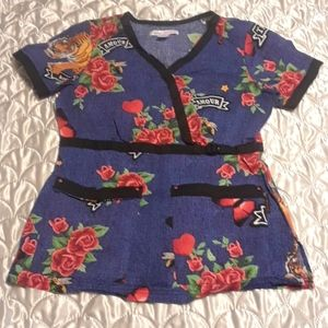 "Koi Stretch ""Amour"" Scrub Top"